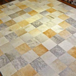 Alfombra Patch Gris / Caramelito / Blanco 20 x 20 cms.